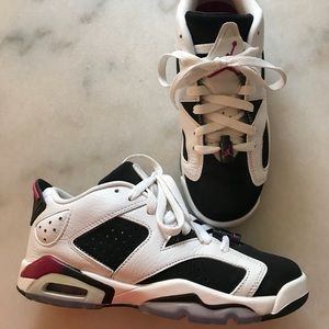 Nike JORDAN 6 low top size 5Y 7W